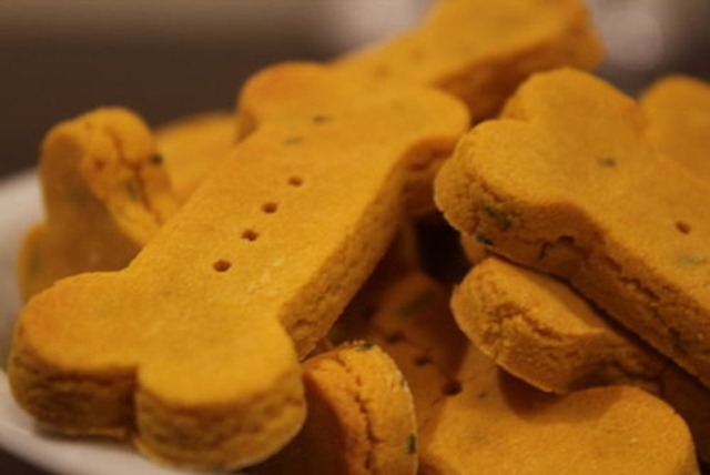 Howloween - Pumpkin Dog Treats