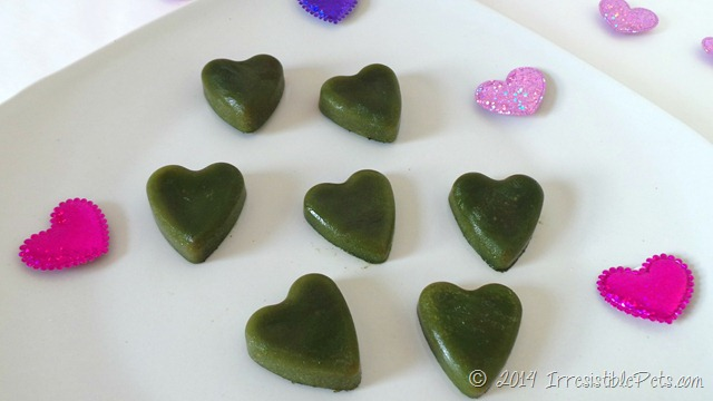 Be My Green Heart Valentines Day Dog Treats IrresistiblePets.com