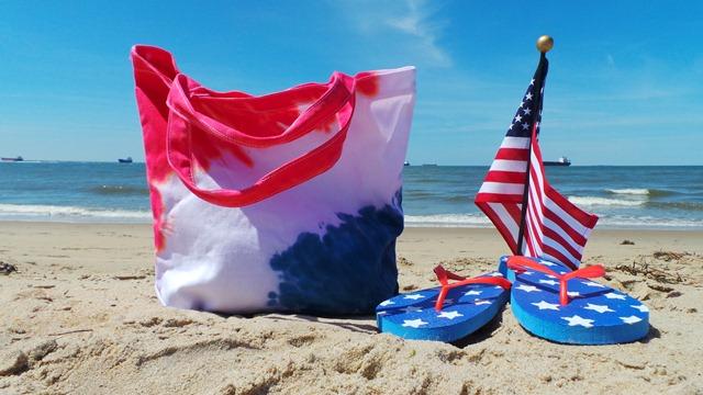 DIY Patriotic Beach Bag