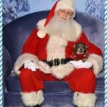 Chuy Chihuahua Went to See Santa!