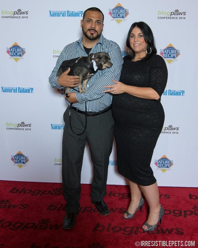 BlogPaws Red Carpet Aimee and Frank