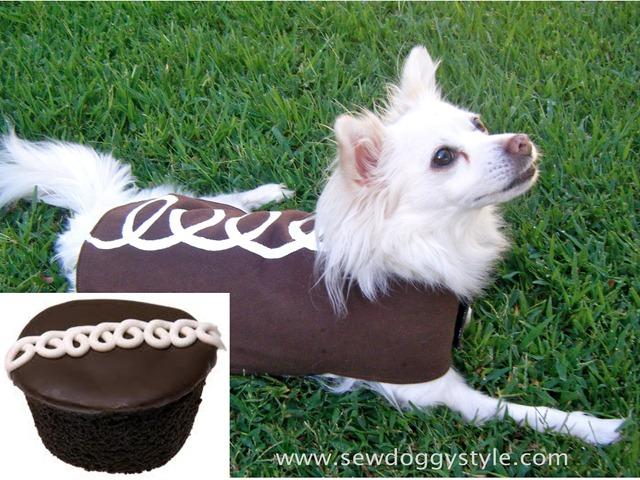 DIY Pet Halloween Costumes - Hostess Cupcake