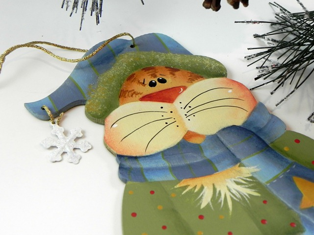 Hand Painted Cat Christmas Ornament via Tole Painting Diva on Etsy