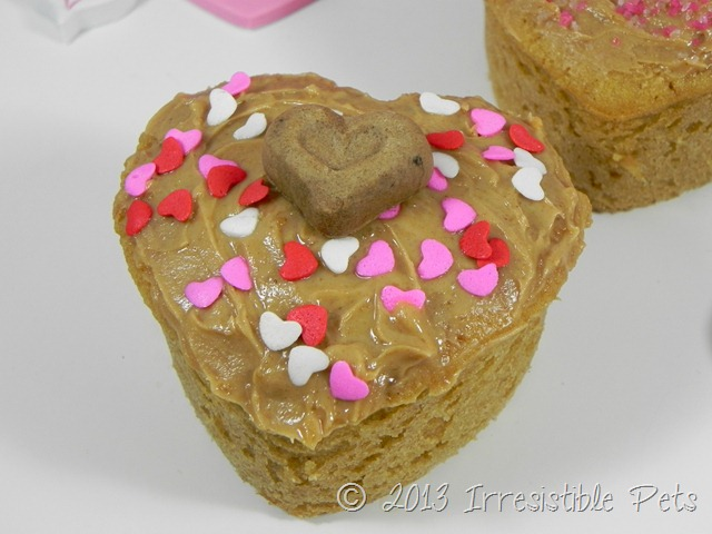 DIY Valentines Day Pup Cakes