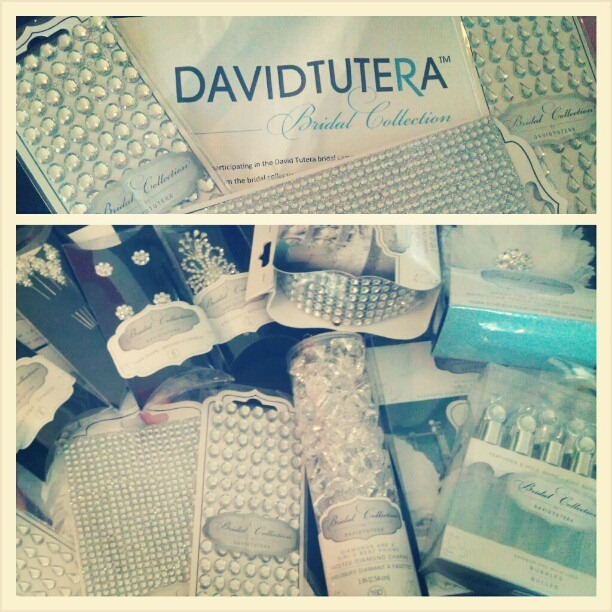 David Tutera Weddings Ideas: DIY Doggie Wedding Treat Bar